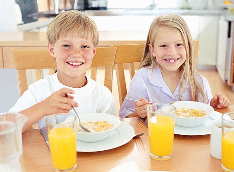 Картинка завтракать