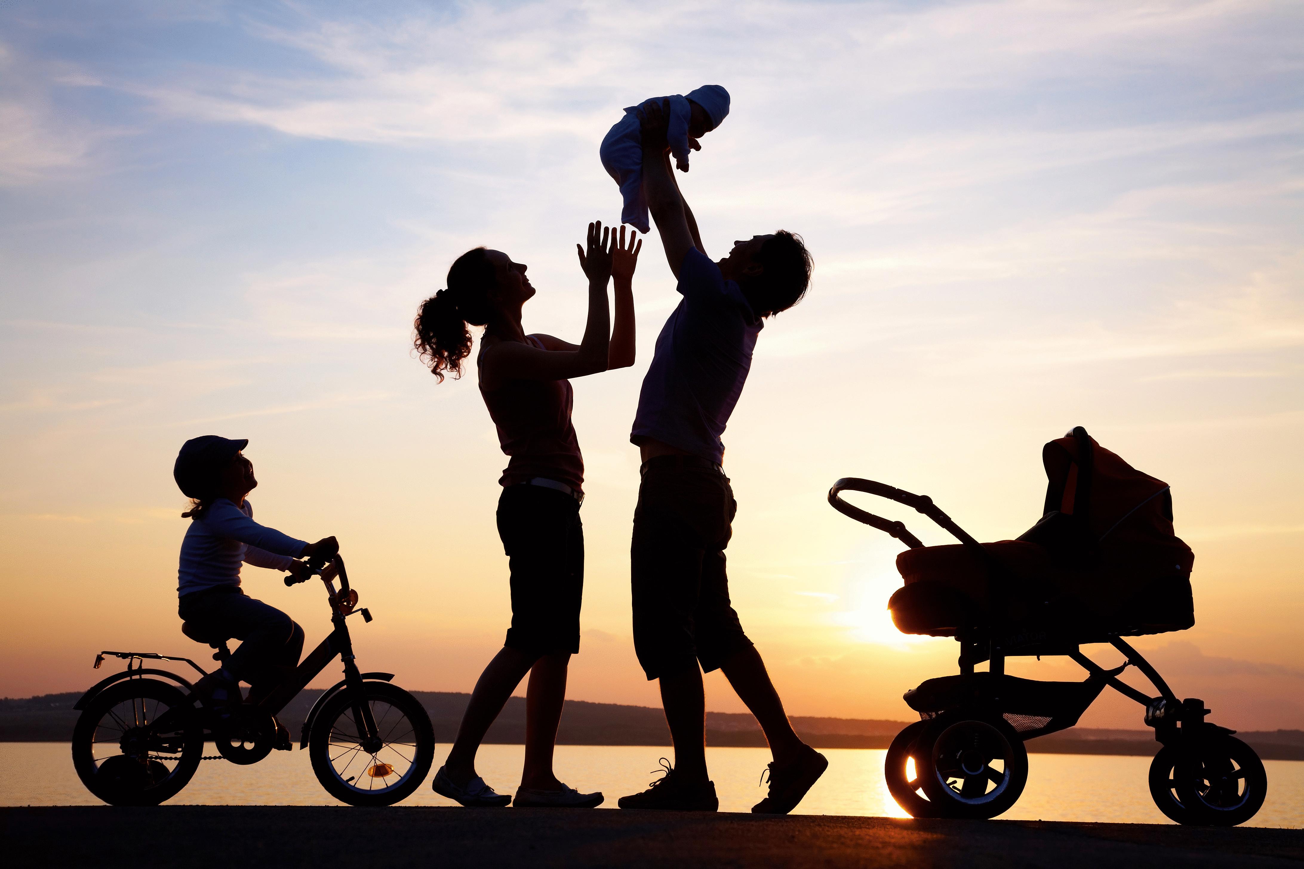 Картинка с созданием семьи