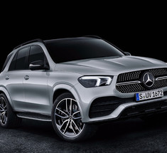 Гибрид Mercedes-Benz GLE нарастит запас хода на батарее