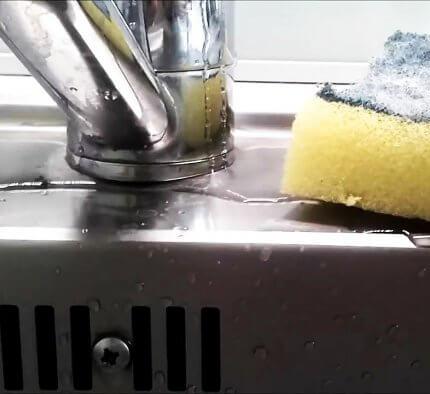 Как починить кран если течет вода