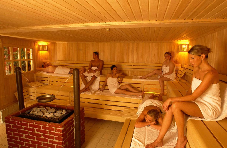 обнаженные баня русская сколько градусов сдает