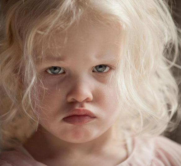 Как предотвратить истерики у ребенка и оградить себя от непрошеных советов