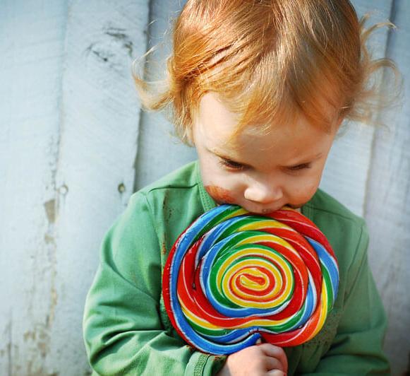 5 видов продуктов, которые негативно влияют на эмоциональное состояние ребенка