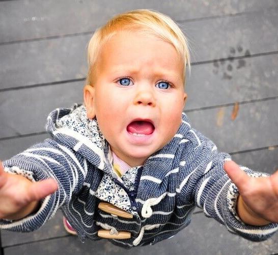 ПОЗВОЛЬТЕ ребенку быть НЕВЫНОСИМЫМ!
