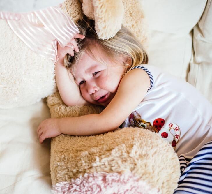 Как справляться с детской истерикой