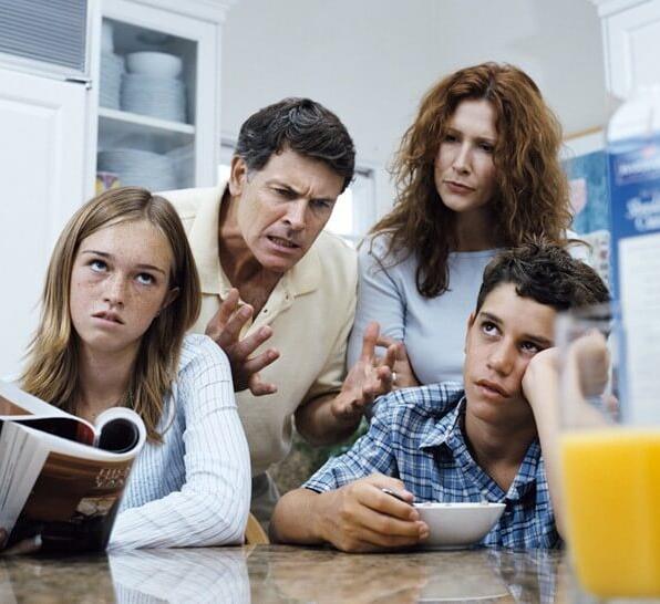 8 советов от подростков: Как испортить отношения с ними