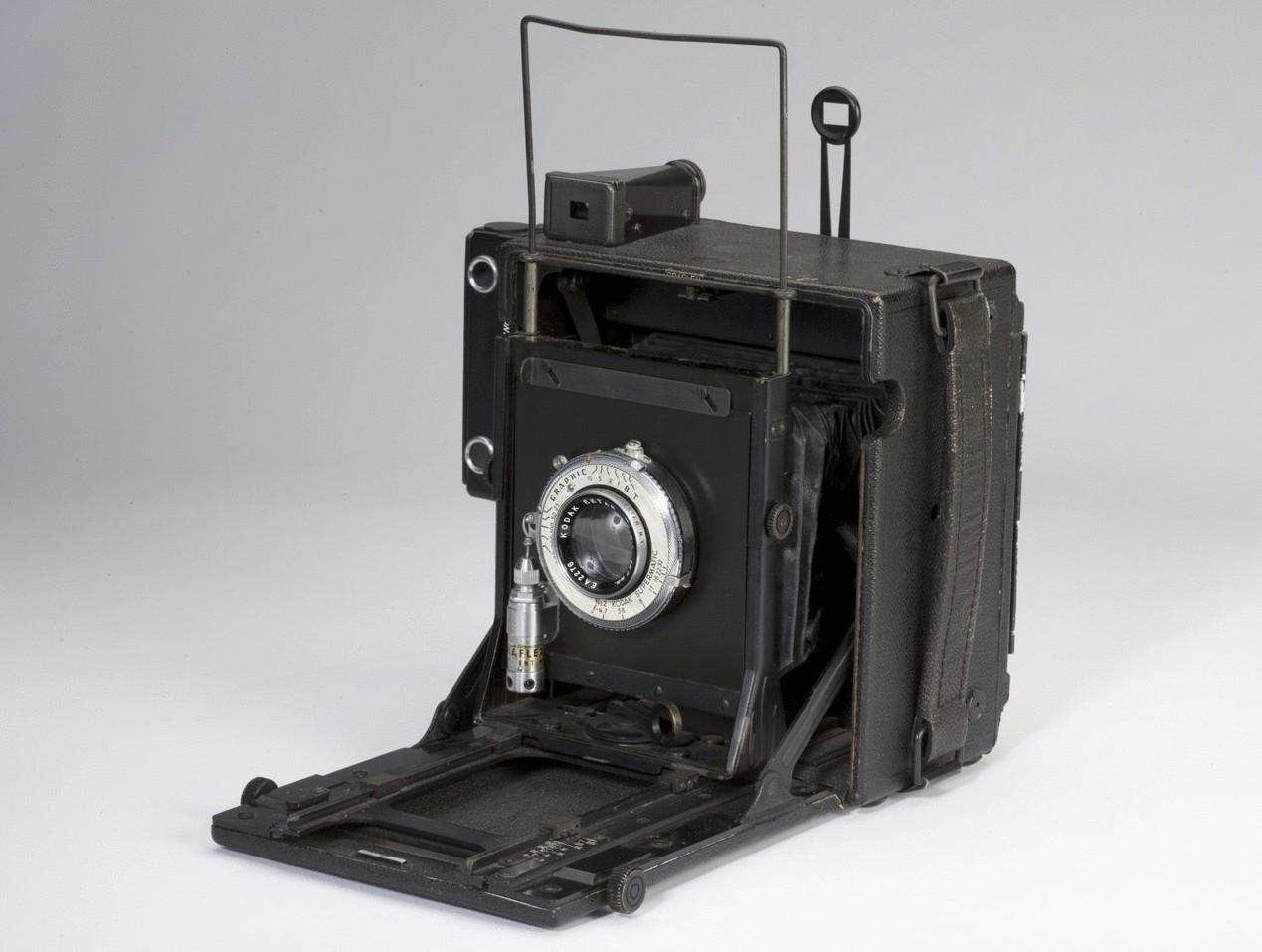 Самая первая цифровая фотография