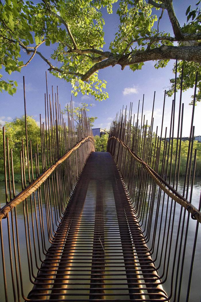 призрачный мост
