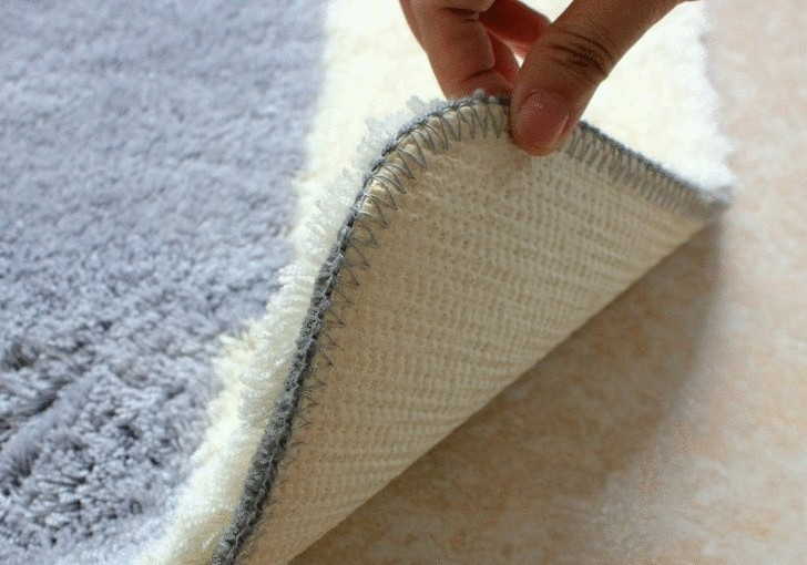 Чем помыть палас в домашних условиях