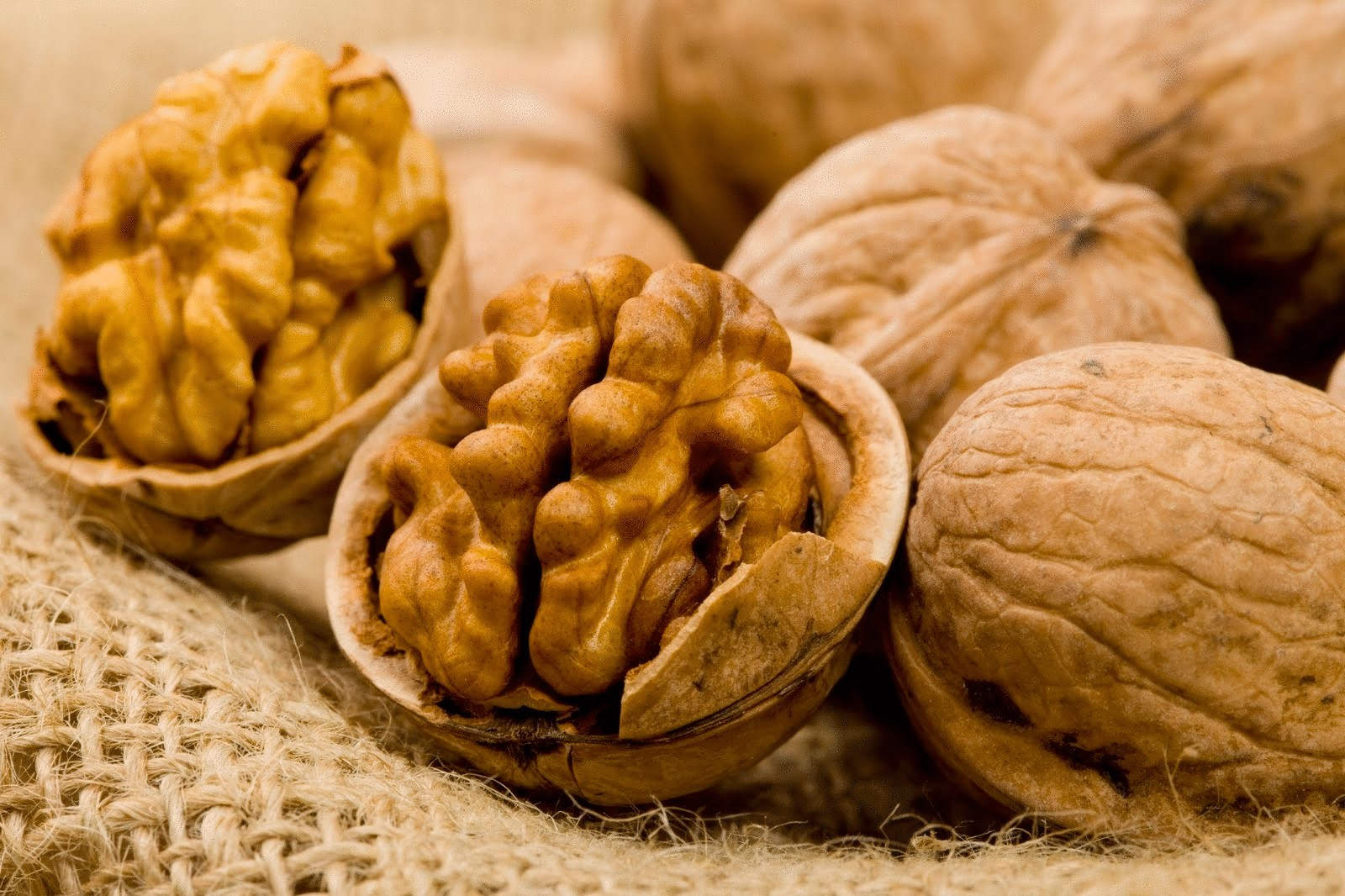 Как сделать йод из ореха