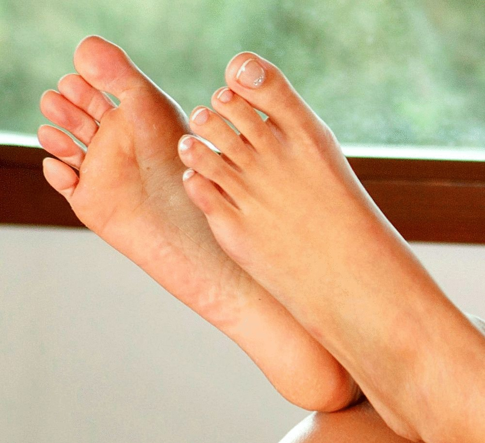красивые ступни ног женские фото кожица покрыта