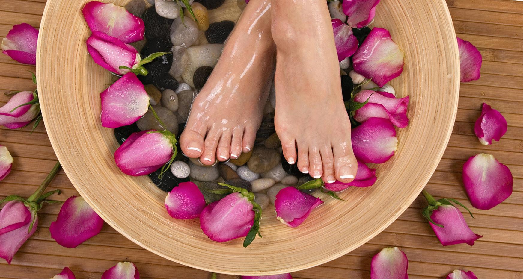 Как избавиться от потливости ног и неприятного запаха