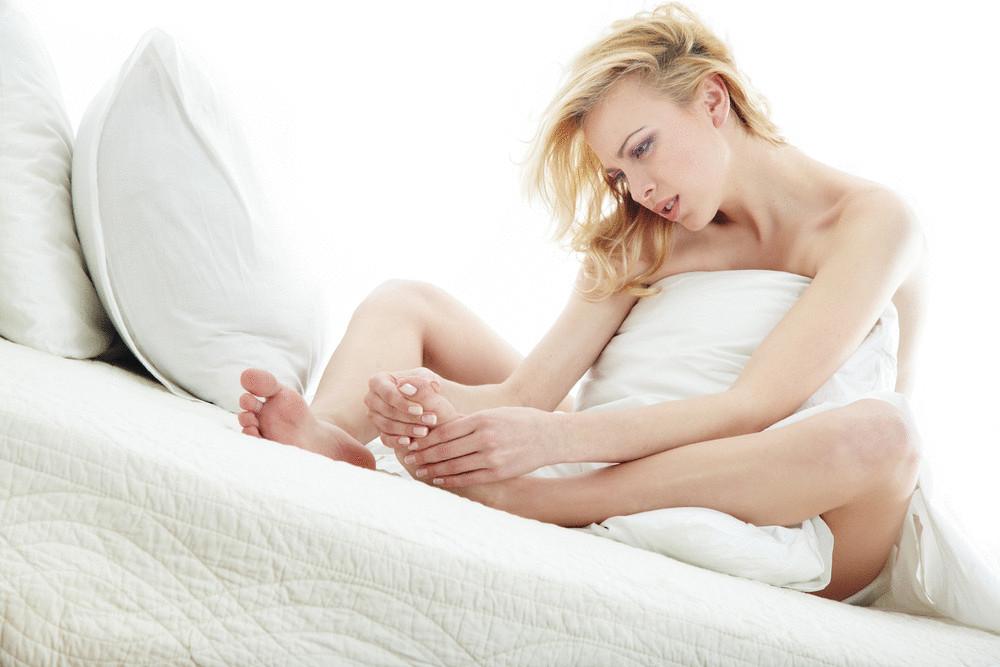 Почему сводит судорога ноги у беременной 25