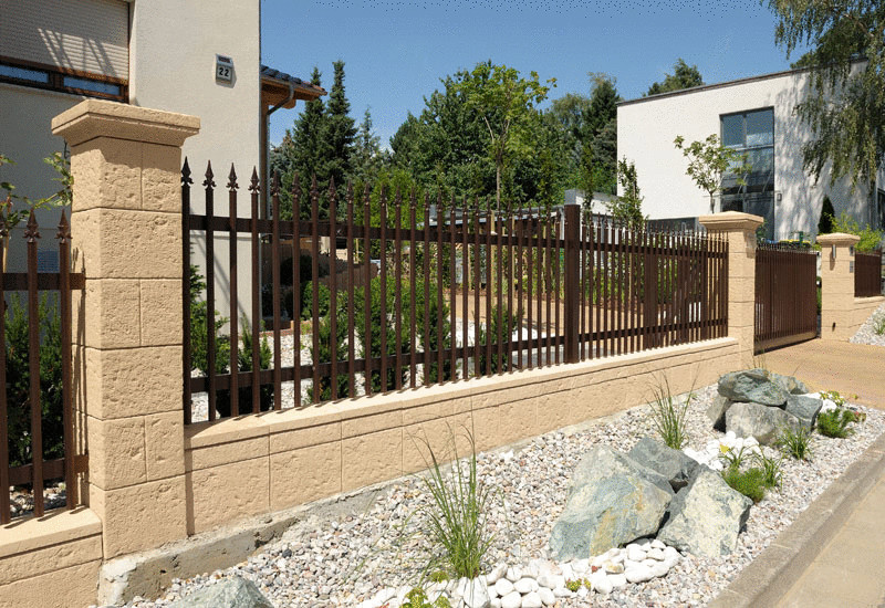 Забор перед домом своими руками фото 76