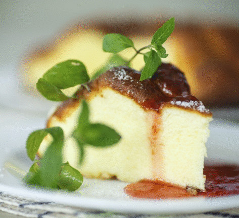 Как приготовить салат из печеных баклажанов