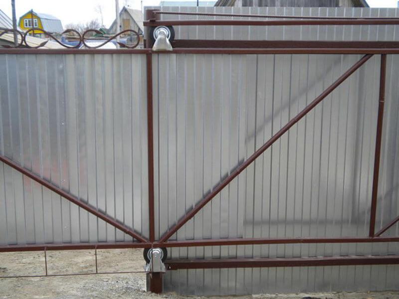 Как подшить потолок панелями пвх своими руками 10