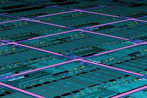 Обычные кремниевые чипы начали обретать квантовые способности