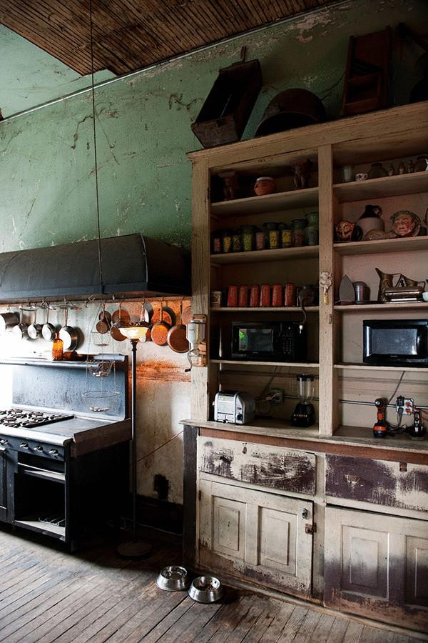 Чтобы в доме жить, необязательно его ремонтировать