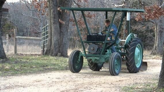 Самодельный трактор на солнечных батареях