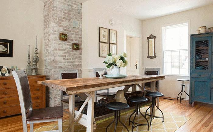 Оригинальный обеденный стол от  Lisa Teague Design Studios