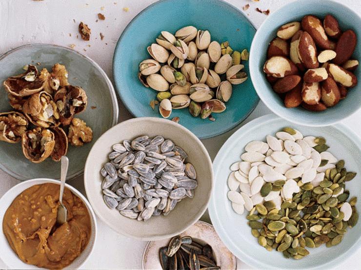 Орехи и семечки: едим правильно