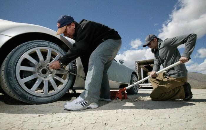 Обслуживание Bugatti Veyron: от $ 300 000 в год.