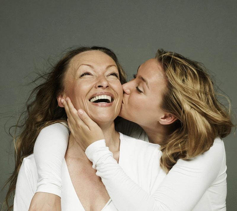Четыре стадии в отношениях матери и дочери