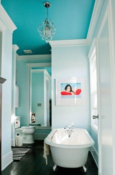 Идея №22. Голубой потолок