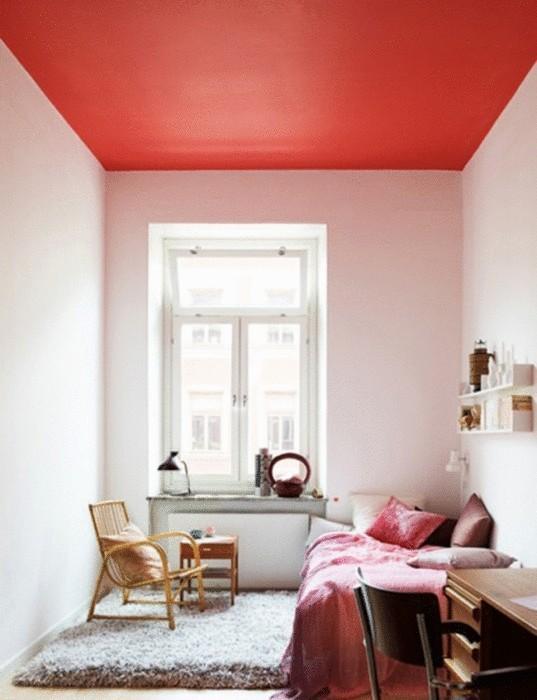Идея №23. Красный потолок
