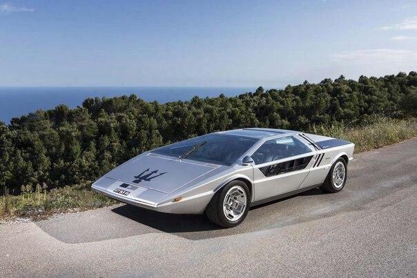 Maserati Boomerang: дизайн, опередивший время.