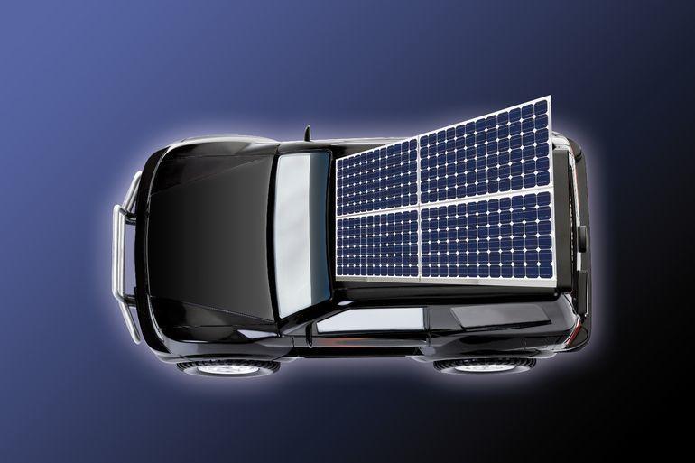 Небольшие солнечные батареи вскоре смогут заряжать электрокары прямо на дороге