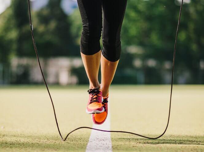 План Тренировок Со Скакалкой Для Похудения. Прыжки со скакалкой для похудения: правила, таблицы тренировок, видео