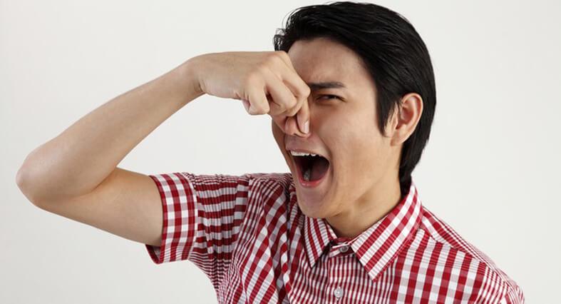перебить неприятный запах изо рта
