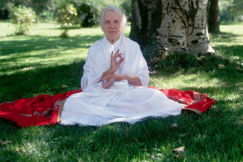 Золотые правила питания от Индры Деви, дожившей до 103 лет!