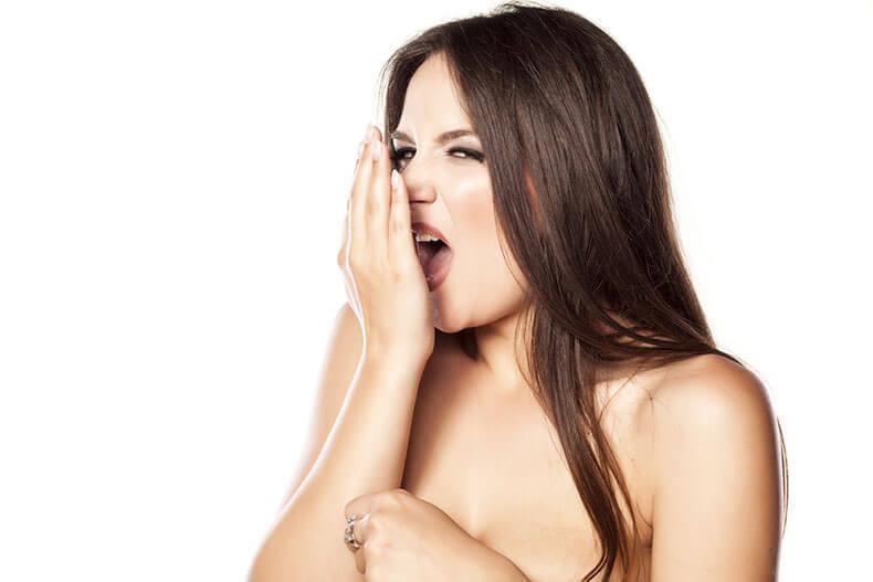 запах изо рта при анемии