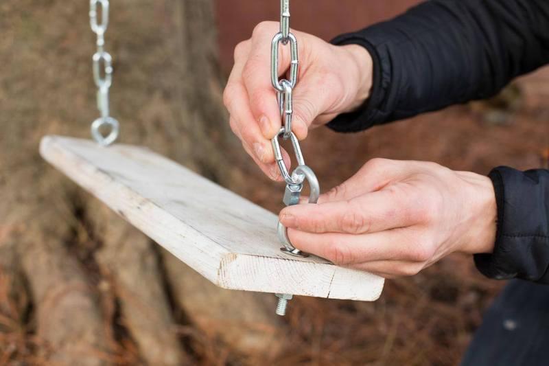 Как сделать крепления для качелей