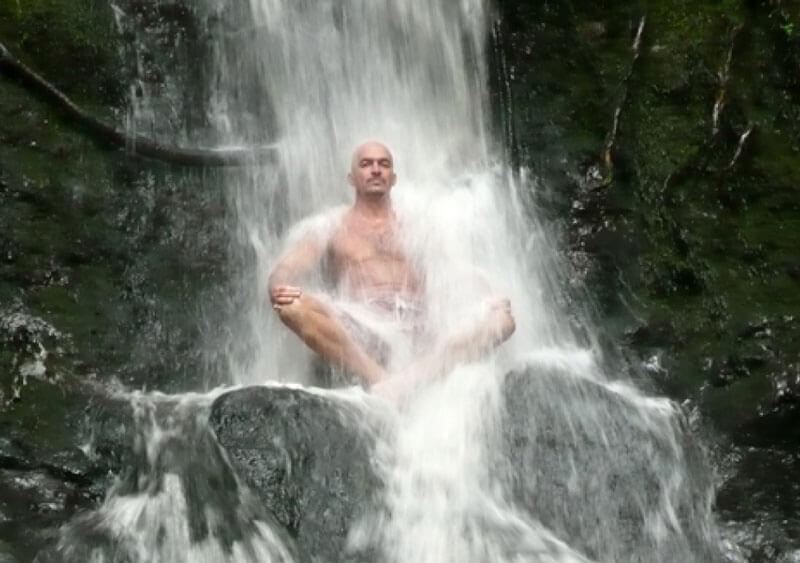 Что происходит в теле, когда обливают холодной водой