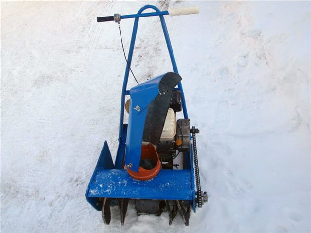 Снегоуборщик своими руками с двигателем