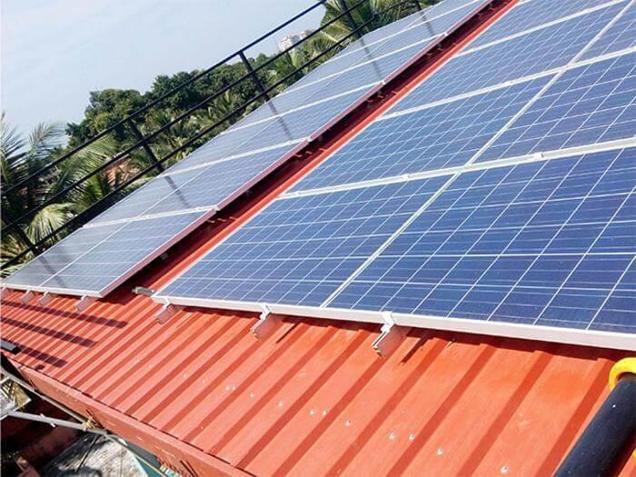 Индийские студенты создали устройство круглосуточного получения солнечной энергии