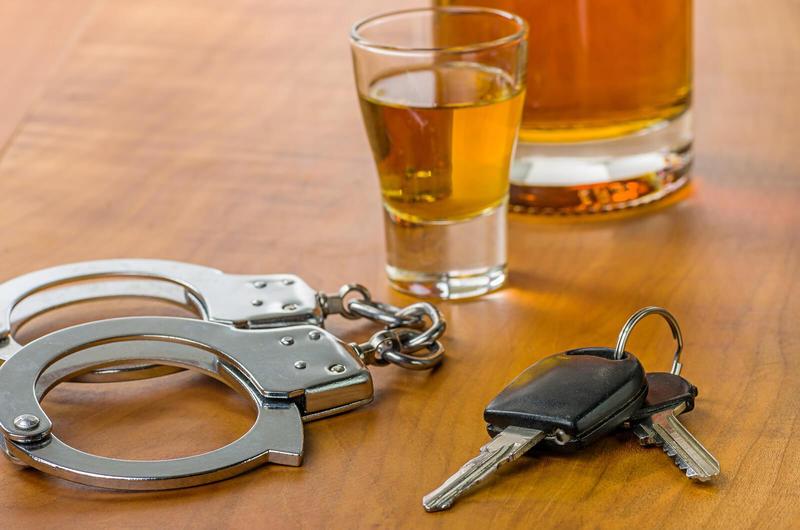 Врач Андрей Беловешкин:То, что алкоголь в малых дозах может быть полезен, - вранье