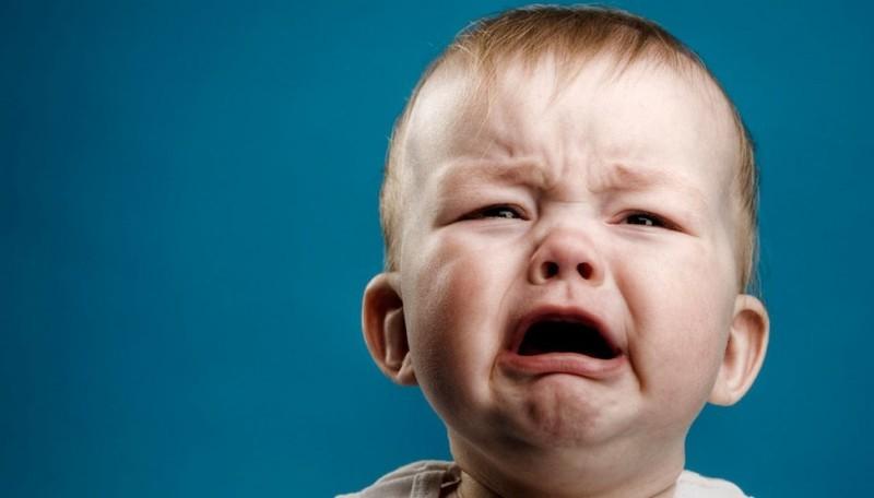 """Почему нельзя  ребенка """"оставлять проплакаться"""""""
