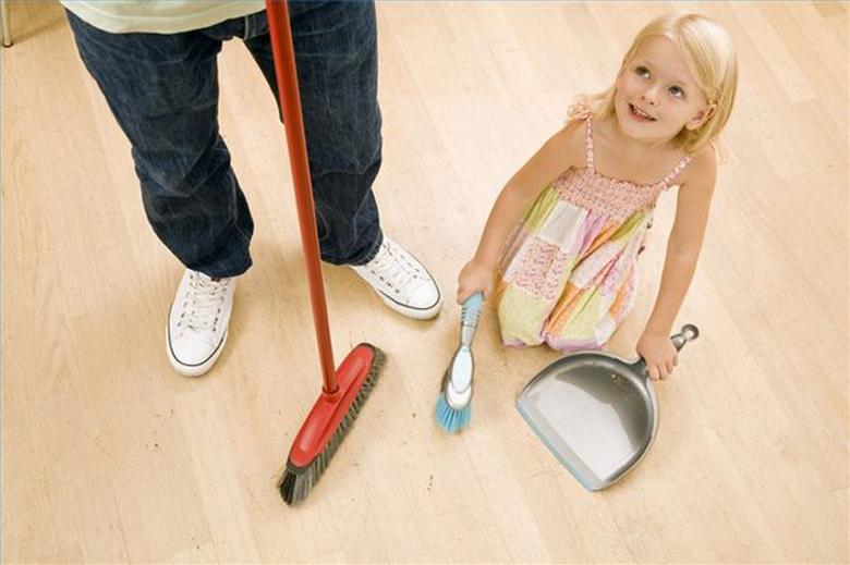 50 способов дать ребенку вам помочь и научить его самостоятельности