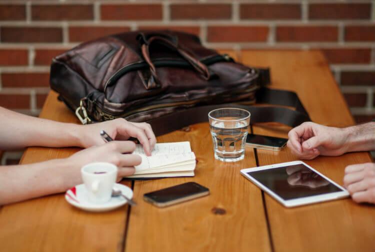 Правило 15 встреч: как обзавестись полезными связями