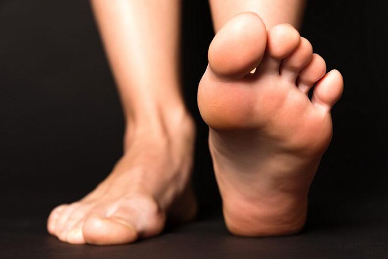 Резкая боль в ноге ребенок