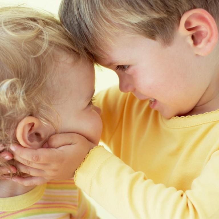 """""""Не нужно любить их одинаково"""" и другие советы про ревность у братьев и сестер"""