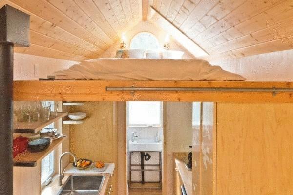 Гостиная кухня кабинет и спальня на 13 кв м