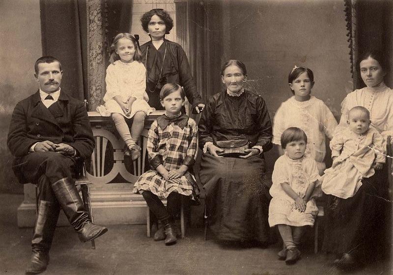 9 маркеров того, что мы оплачиваем долги наших предков