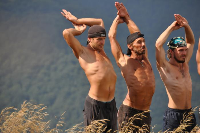 Упражнения Голтиса для спины и пресса