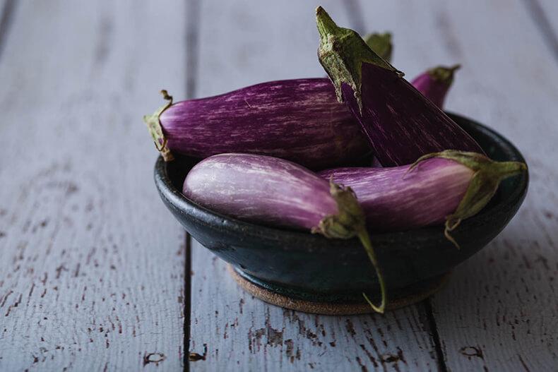 Баклажаны: Сорта без горечи и семян