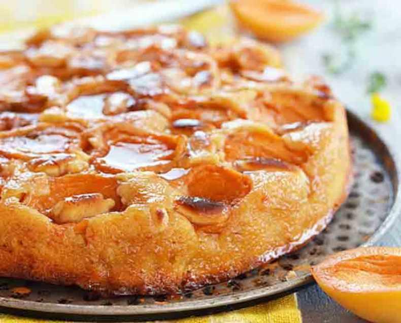 Миндальный пирог с абрикосами — летнее искушение!